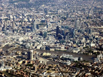 London_from_the_air.jpg