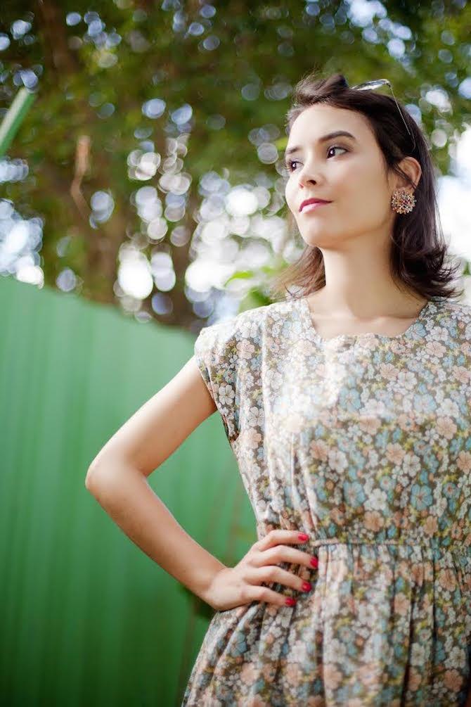 vestido-florido-jaqueta-metalica-odiadalila 5