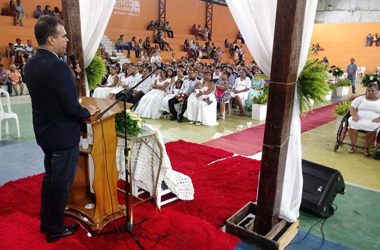 Juiz André Gêda conduziu a cerimônia na Igreja Assembleia de Deus, em Rio Largo.