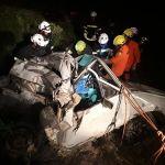 Colisão entre carro e caminhão deixa um morto e dois feridos na BR-423