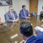 Em Brasília, prefeito solicita novos estudos para região do Pinheiro
