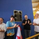 Governador entrega ginásio esportivo em Penedo