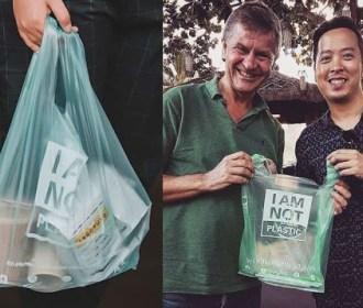 Biólogo cria sacola que se transforma em comida para peixes