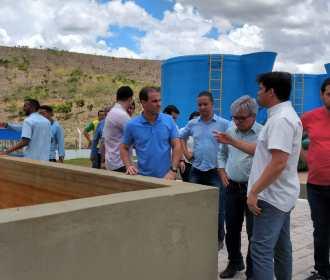 Diretoria da Casal e prefeito visitam obras que reforçam abastecimento de Murici
