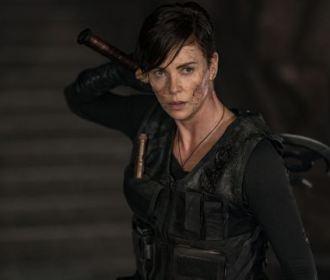The Old Guard: Charlize Theron estrela trailer de novo filme de ação da Netflix