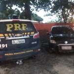 Carro adulterado é recuperado pela PRF enquanto era consertado em oficina