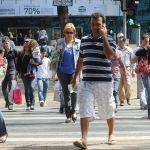 Taxa de desemprego sobe para 12,6% em abril, diz IBGE