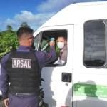 Arsal aborda 380 veículos no primeiro dia após retorno do transporte intermunicipal