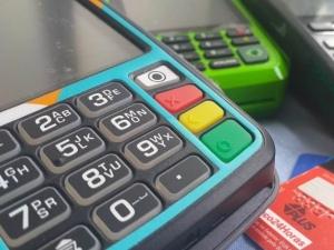 Em 1 ano, número de máquinas de cartão cresce 32% em Alagoas, diz BC