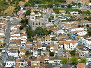 Pré-candidatos a prefeito e vice de Mata Grande são condenados a multa