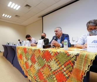 Alfredo Gaspar recebe propostas do trade turístico e fala de seu compromisso com o setor