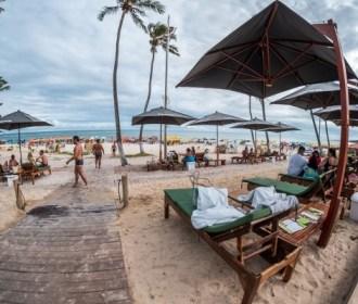 """Crescimento do turismo cria novos empreendimentos """"pé na areia"""" em Alagoas"""