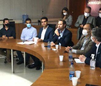 Deputado Pedro Vilela participa de reunião com o prefeito JHC e a Abrasel
