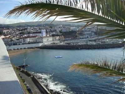 Zona Central da Cidade de  Angra do Heroísmo nos Açores