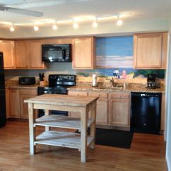 Wheelchair Kitchen Table And Chair Rentals Houston Handicapped Accessible Across The Stre Vrbo