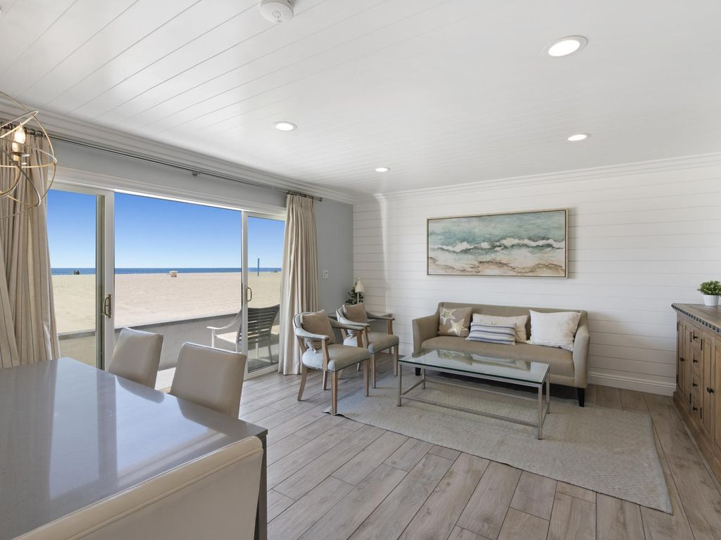 Beautifully Remodeled Oceanfront Home Downstairs Split Level Unit Balboa Peninsula