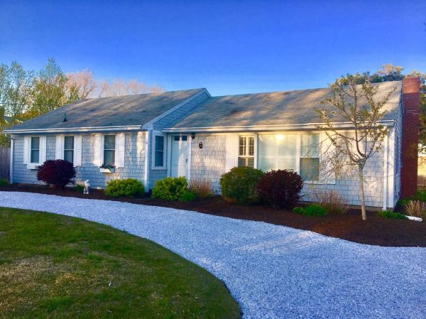 Walk to beach Central AC Updated Cape Cod Home with Gazebo