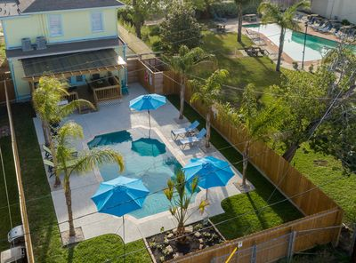 Swimming Pool Gas Grill Large Deck Parking And Ping Pong San Jacinto
