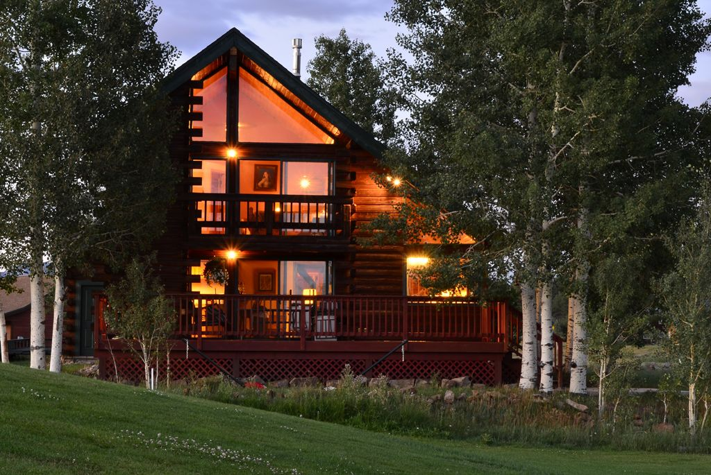 PAGOSA SPRINGS LUXURY CABIN  ON GOLF COURSE  20 MILES TO