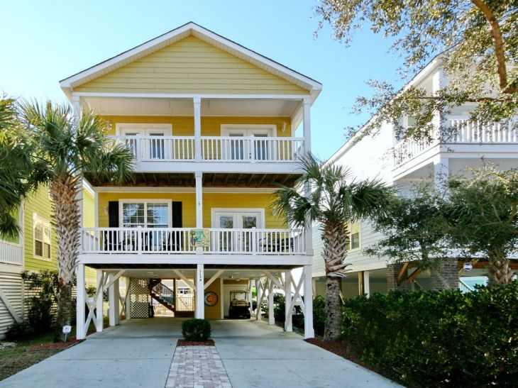 Surfside Beach House - Close to Beach 3rd Row, Private Pool, Elevator