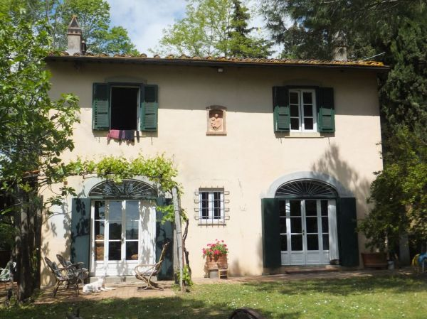 Charming ancient farm house in Chianti Lucardo Tuscany