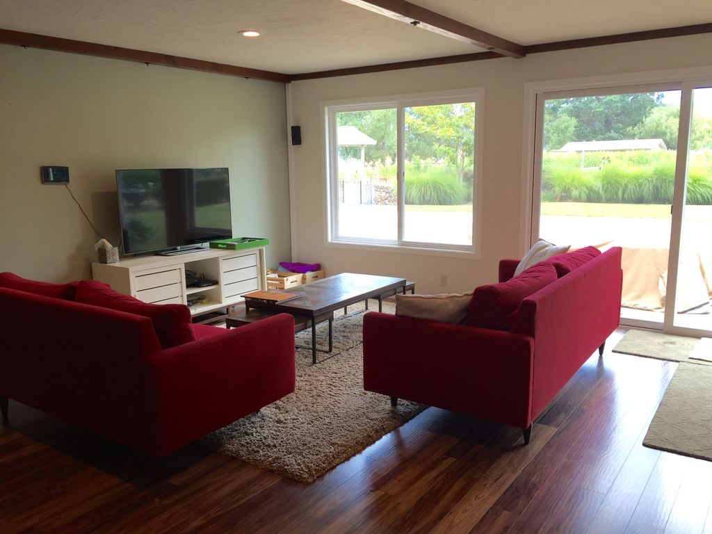 wine country living room paint colors for with leather furniture 4 acres of pond windmill vineyards pool more bnb daily