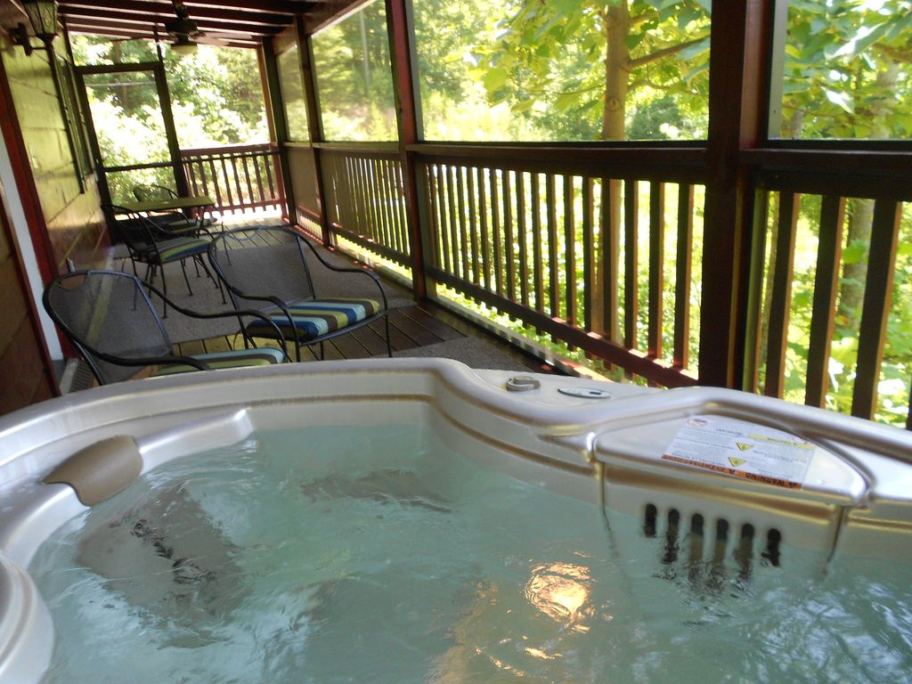 PRIVATE CABIN Fireplace HOT TUB WiFi KING M  VRBO