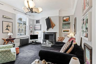 Arty 2br With Garden Easy Way To King S Cross By Veeve London Borough Of Islington