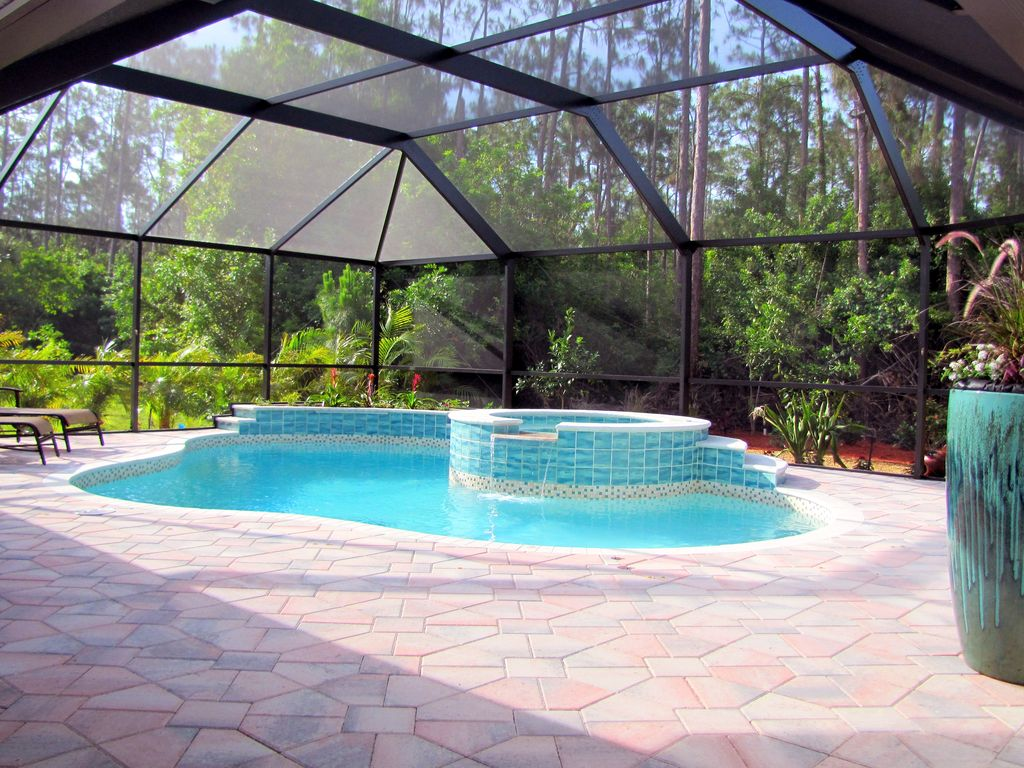 TWO MASTER SUITES Heated PoolSpa BEACH Home Private Comm