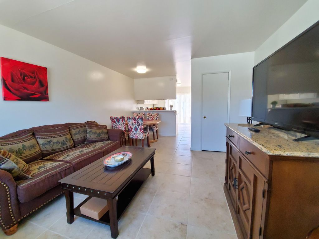 Cozy Cute Apartment Perfect For Small Groups Or Travelers Apple Valley