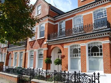 St Leonard S London Vacation Rentals Houses More Homeaway