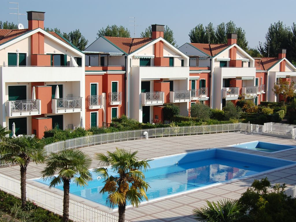 Elegante Residence con piscina a pochi pass  HomeAway