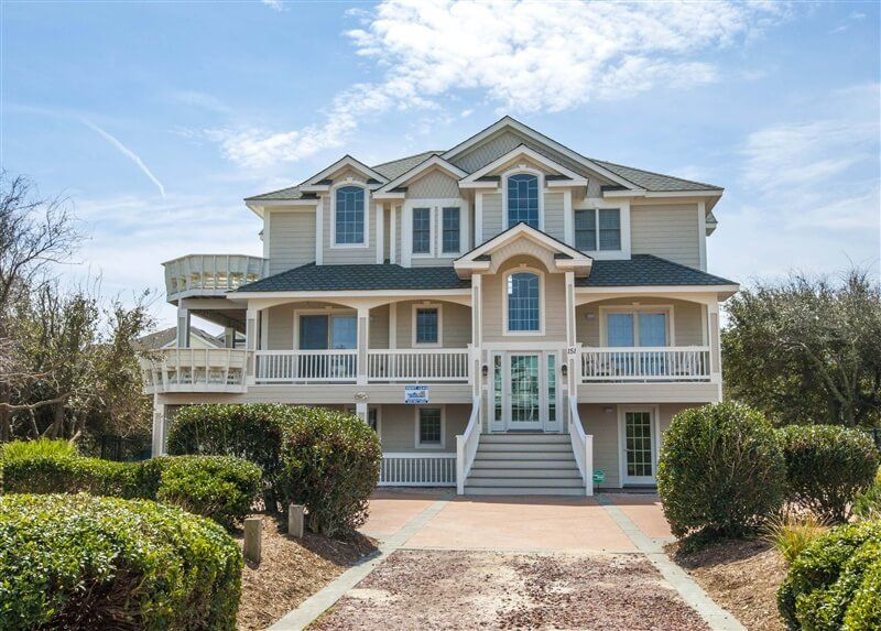 Bebe  7 Bedroom House With Elevator And  HomeAway Duck