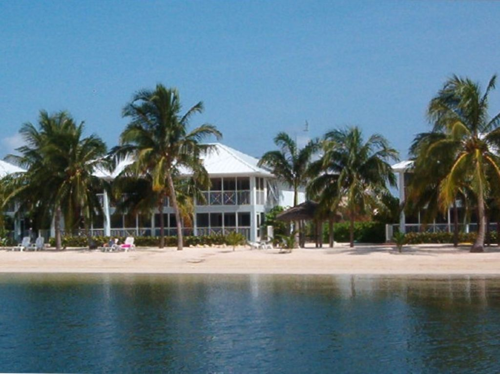 Cayman on the Beach  kaibo yacht club phas  VRBO
