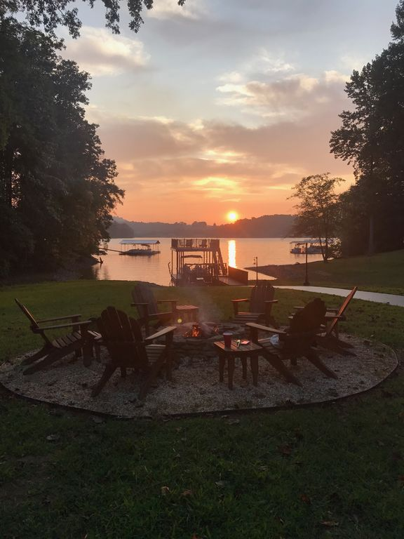 Beautiful Lakefront Home With Private Dock And Super Views  Nightly Sunset  Cedar Cliff