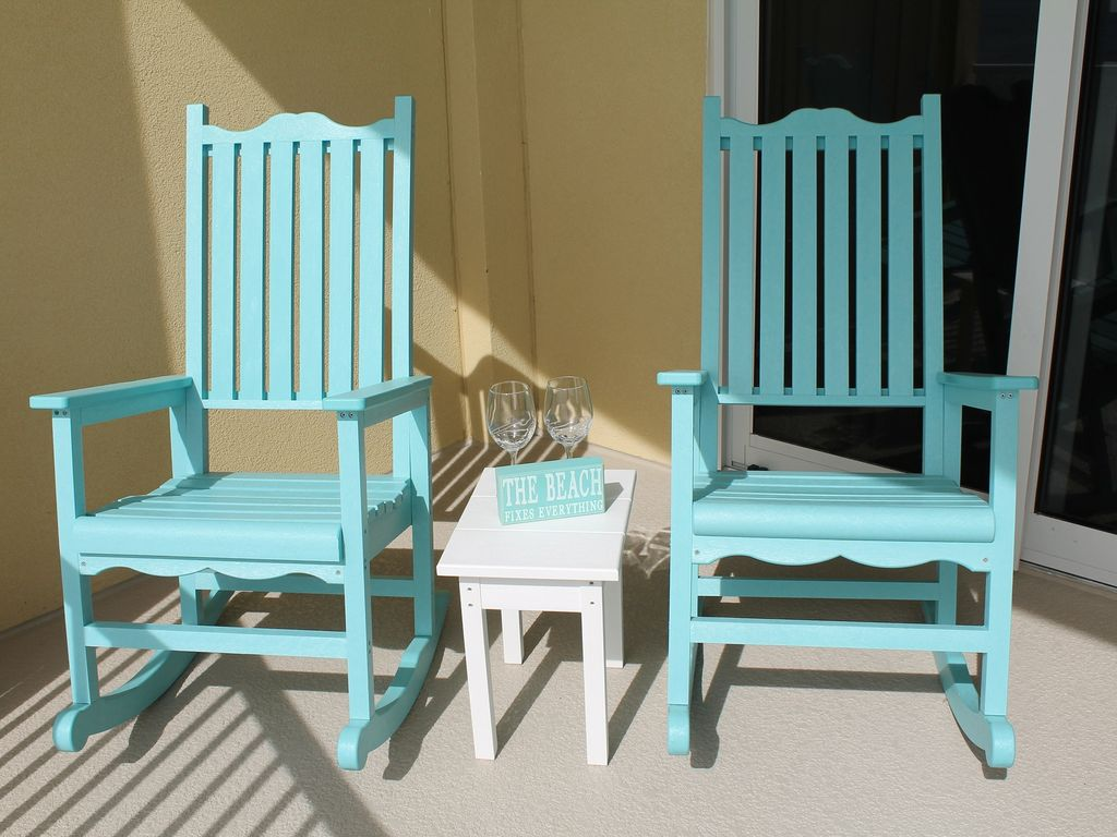 sedan chair rental cost of renting tables and chairs for wedding front row beach service included homeaway