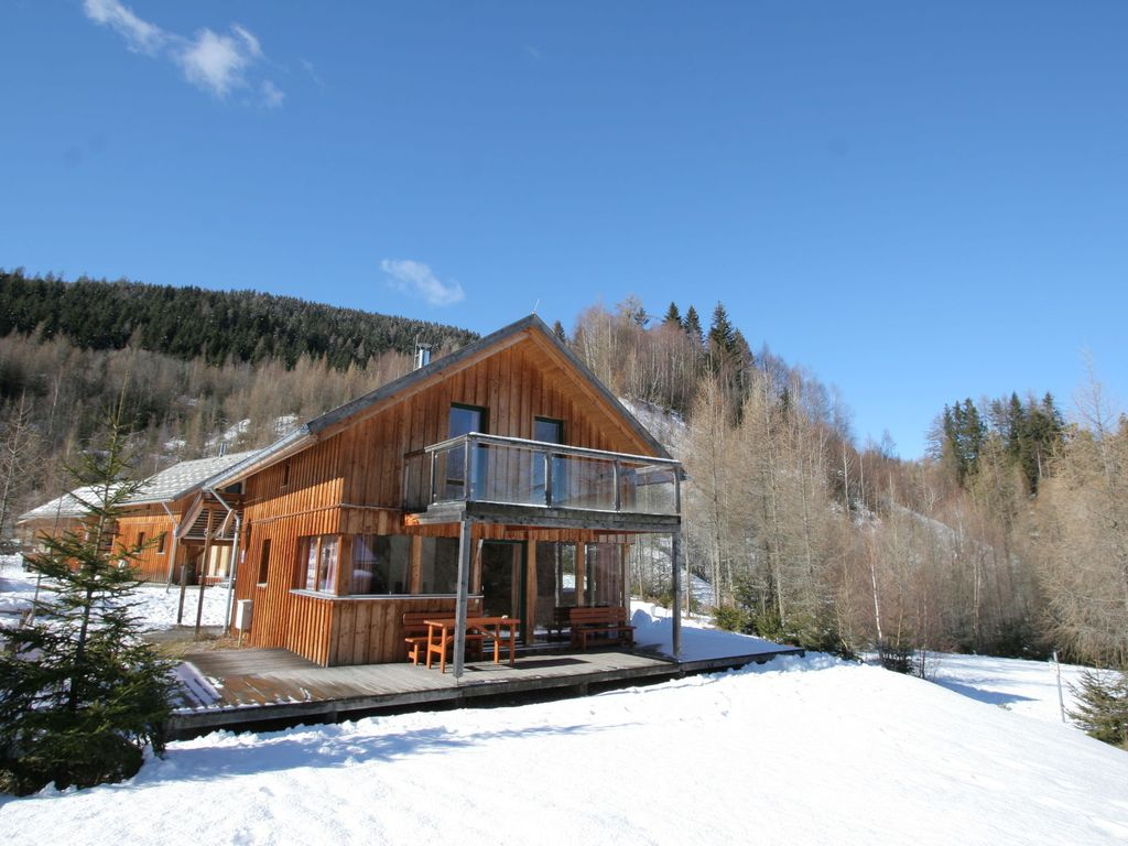 holiday homes weve rounded up some best modern ski chalets 3