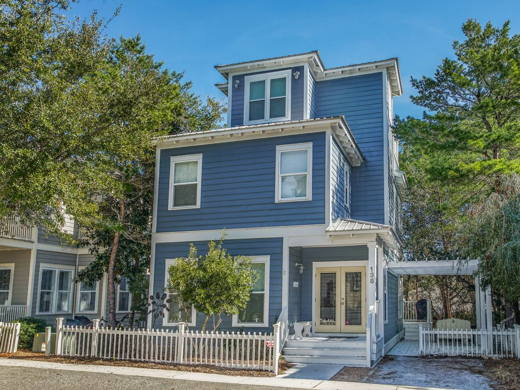 SEAGROVE House Sleeps 10! Beach Cottage--OPEN 6/1-8 ONLY