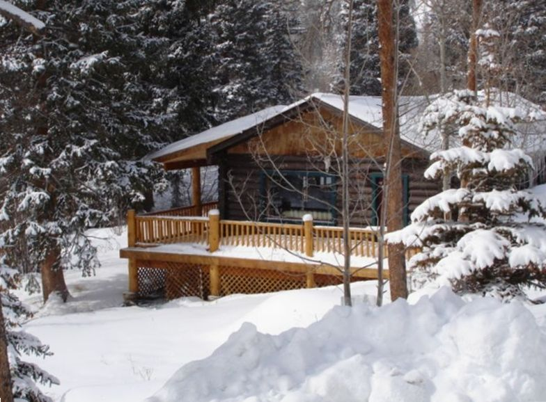 Beautiful Romantic Secluded Cabin on the  VRBO