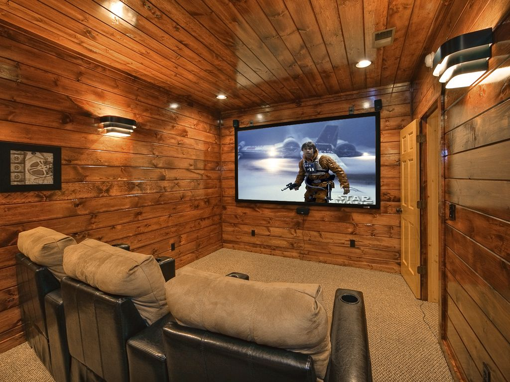 4 Bedroom 45 Bath Luxury Cabin with Home Theater Room