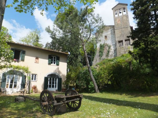 Charming ancient farm house in Chianti Montespertoli