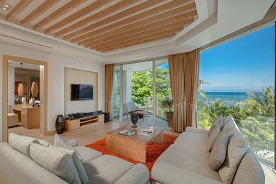 Boutique Luxury Apartment On The Beach