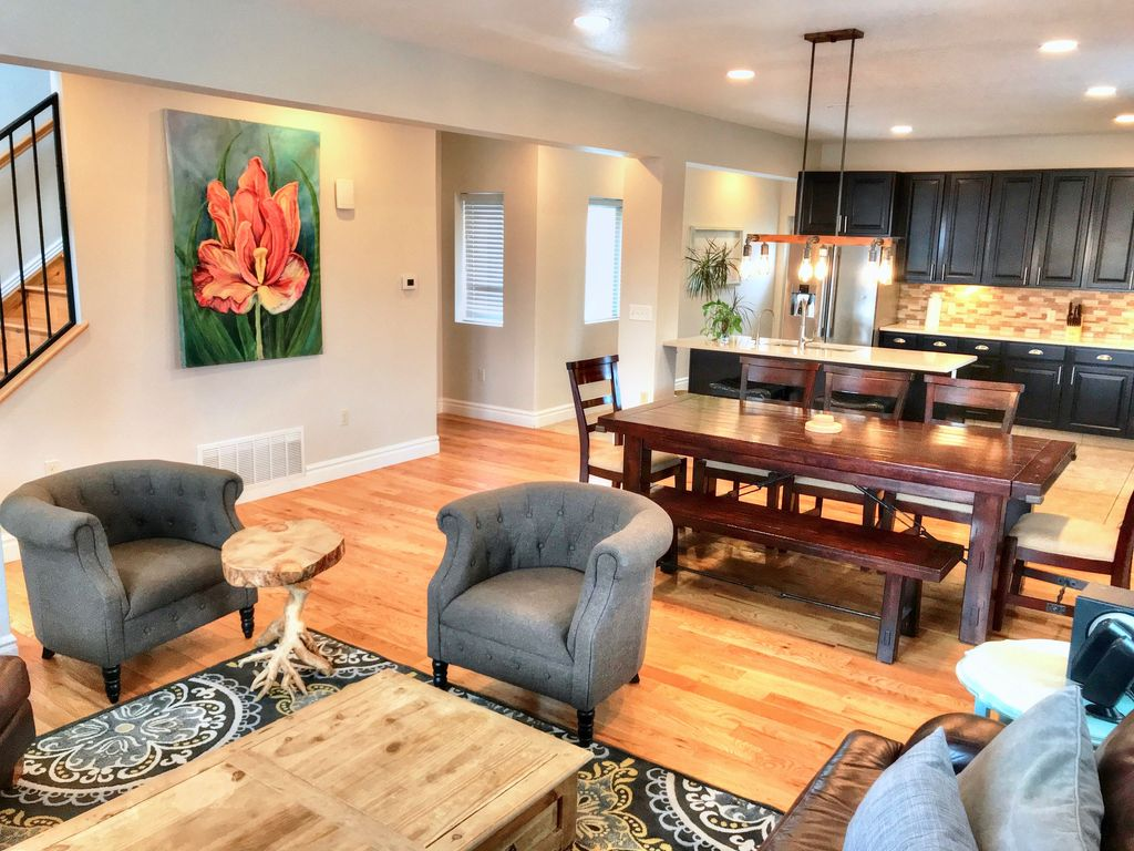 Chair Rental Denver 7 Minutes To Downtown Denver 5bed 4bath New Homeaway