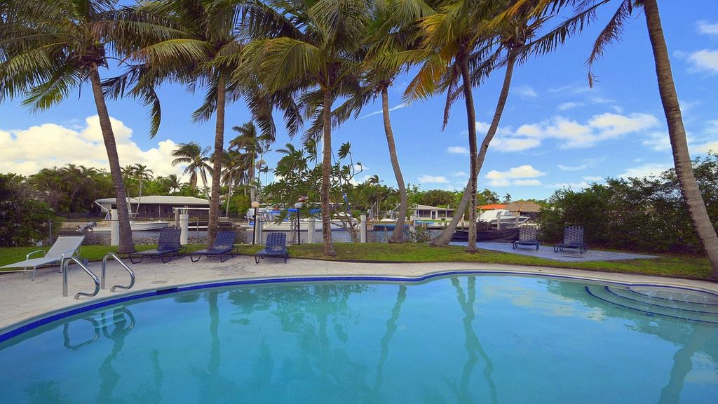 Miami Beach, waterfront pool home on private island, large