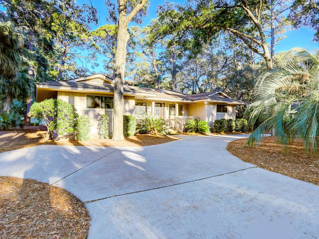 Beautifully Updated Private Home In Sea Pines