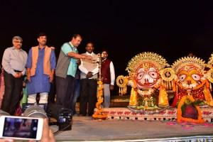 Culture Minister Inaugurates Konark Festival