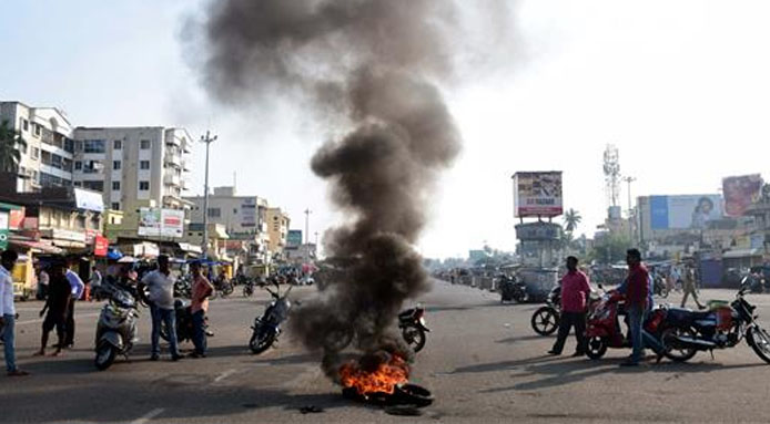 violence in puri for line darshan