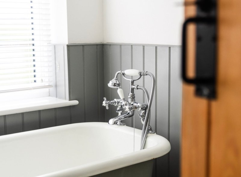 bathroom fitter Medway