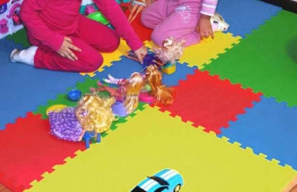 пол для детской комнаты