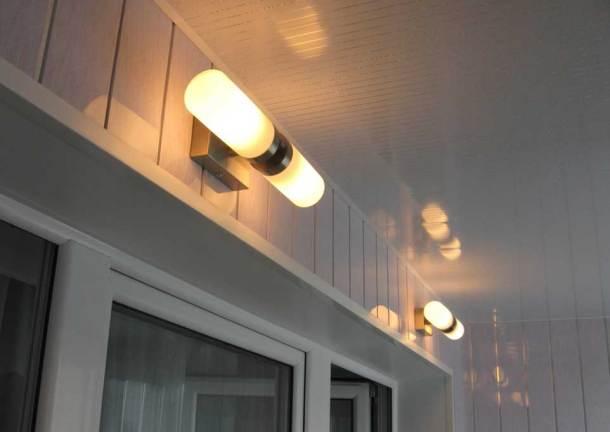 освещение на балконе, светильники